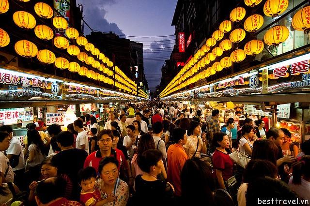 Hình 10 – Chợ đêm là một văn hóa đặc trưng ở Đài Bắc, Đài Loan và nhiều nơi khác tại Trung Quốc