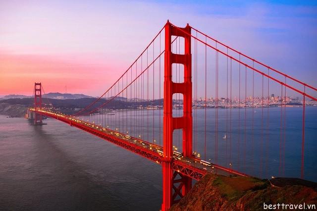 Hình 3 - Cầu Cổng Vàng, địa điểm được chụp ảnh nhiều nhất ở San Francisco