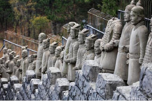 Hình 5 - Lăng mộ Tần Thủy Hoàng