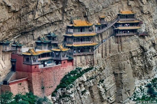 Hình 6 - Chùa Huyền Không là một trong những địa điểm lý tưởng mà du khách không nên bỏ qua khi tới Trung Quốc