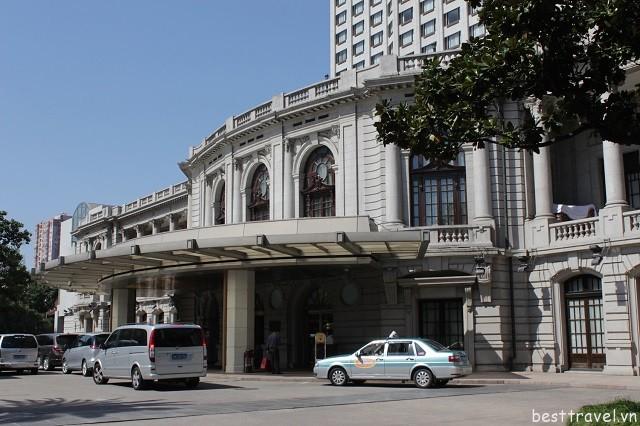 Hình - 6 Khách sạn hạng sang, tiện nghi hiện đại, nổi tiếng và hút khách ở Thượng Hải