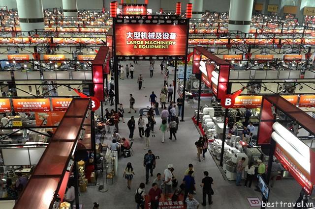 Hình 7 – Chợ Bạch Mã là khu chợ sỉ vô cùng nổi tiếng ở Quảng Châu