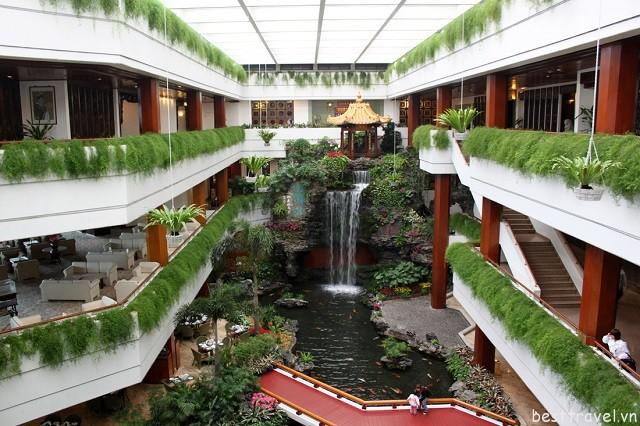 Hình 9 - Khách sạn White Swan Hotel là khách sạn chất lượng 4 sao