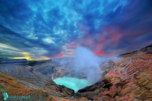 """Khung cảnh """"mộng mị"""" như một cỗi tiên ở núi lửa Aso"""