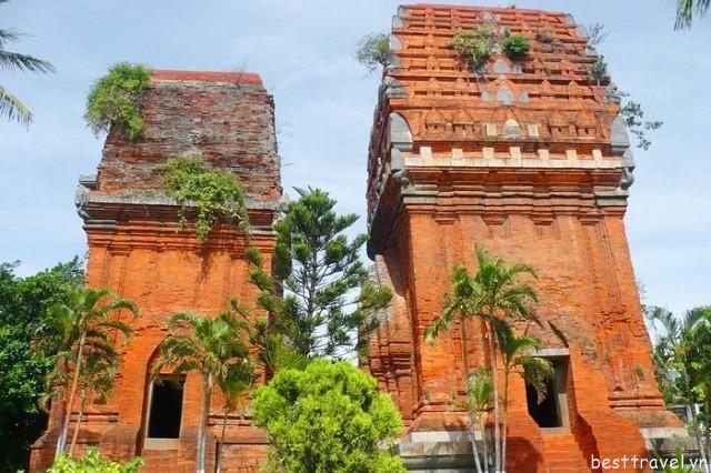 Tháp đôi Chăm Pa – một công trình kiến trúc bậc nhất của người Chăm