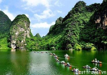 Thưởng lãm 3 điểm du xuân tuyệt đẹp ở Ninh Bình