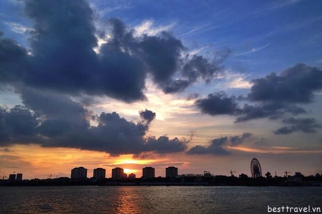 Hồ Tây là nơi ngắm hoàng hôn đẹp nhất ở Hà Nội