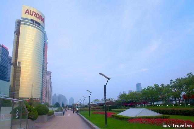 Vẻ đẹp độc đáo của Phố đi bộ và Công viên bờ sông Phố Đông, Thượng Hải