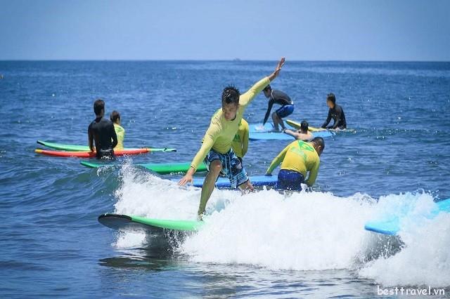 Điểm danh các bãi biển hút khách nhất ở Đài Loan