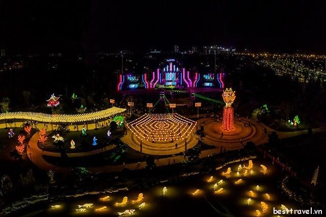 Check-in liền tay công viên đèn lồng siêu mới ở Hà Nội